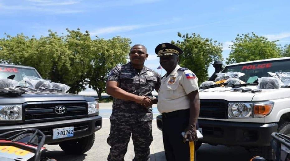Haiti: Motocyclettes, voitures, armes à feu et munitions remises à la Direction Centrale de la Police Judiciaire