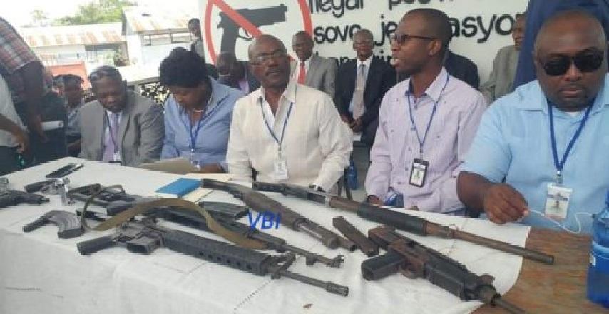 Haiti: Jovenel Moise exhorte les groupes armés à négocier leur désarmement avec la CNDDR