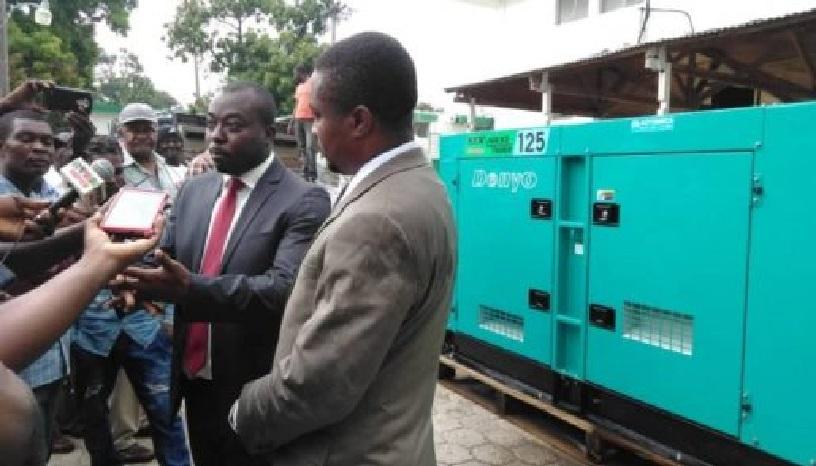 Haiti: La Présidence fait un don d'une génératrice à l'hôpital Notre-Dame