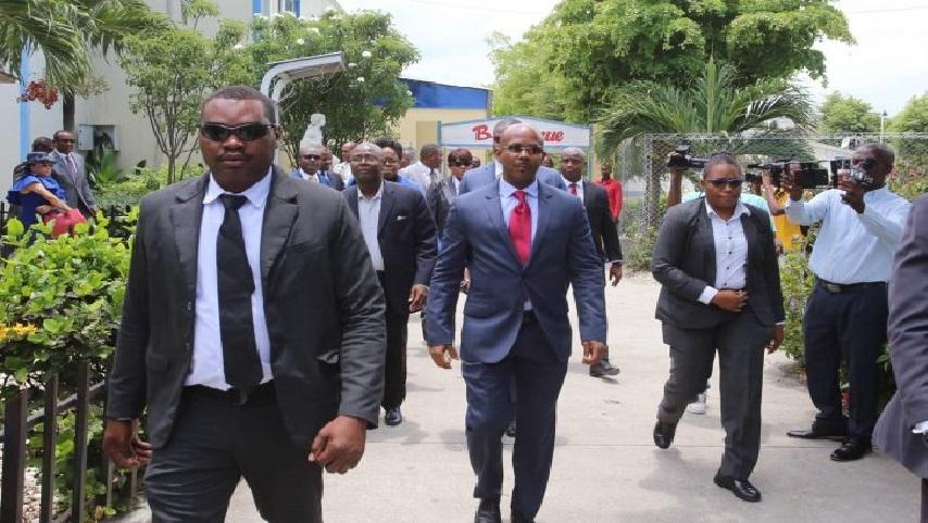 Haiti: Le Premier Ministre, Jean Michel Lapin, visite  la Cour Supérieure des Comptes suite aux menaces