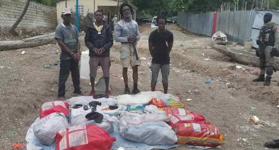 Haiti: Arrestation de quatre Jamaïcains à Petite-Rivière de Nippes pour trafic de stupéfiants