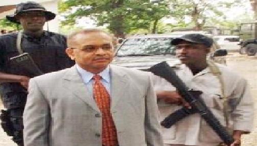 Haiti: L'ancien Ministre de la Justice, Me Bernard Gousse exige le départ des pouvoirs politiques