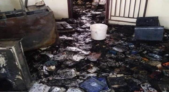 Haïti: Le lycée Henry Christophe de Trou-du-Nord incendié par des individus non identifiés