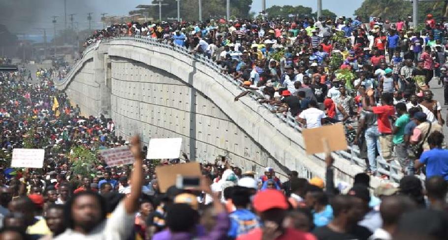 Haiti: Manifestation Pétrocaribe, plusieurs milliers de personnes  dans les rues