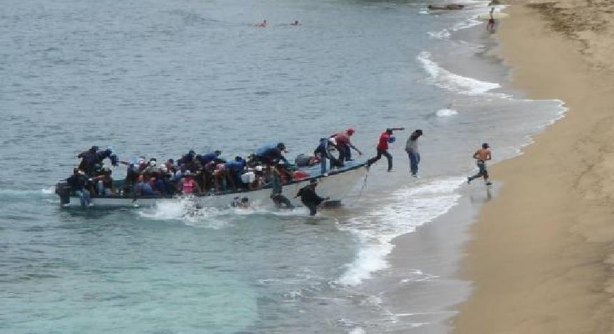 Monde: La crise politique persiste, les haïtiens continuent de fuir le pays