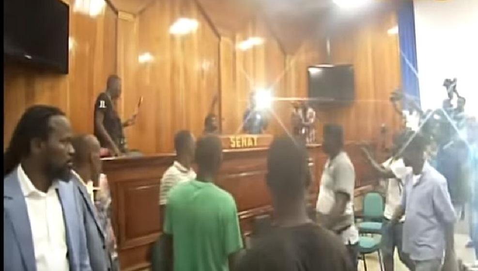 Haiti: L'action publique en mouvement contre les auteurs des actes honteux et répréhensibles au Sénat