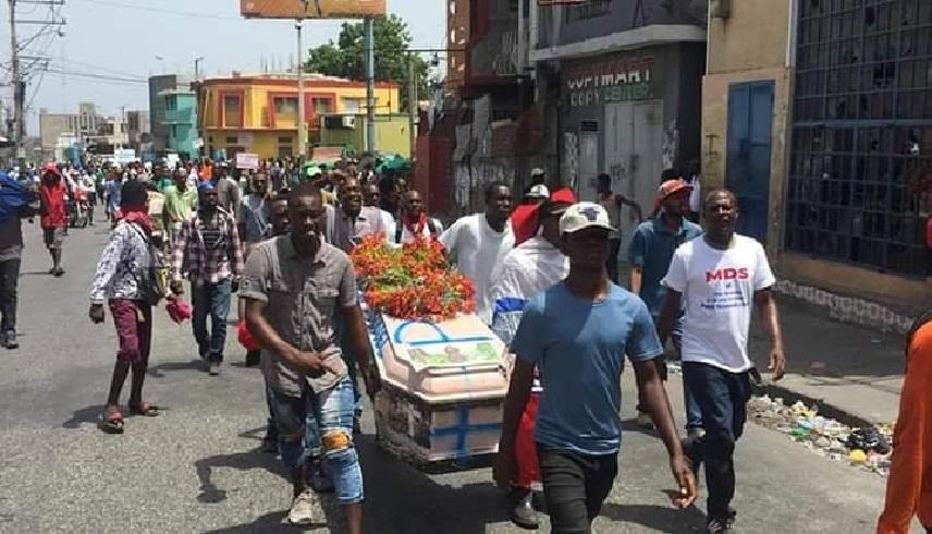 Haïti: Il est mort par balles en quête d'un dollar U$ pour nourrir sa femme enceinte