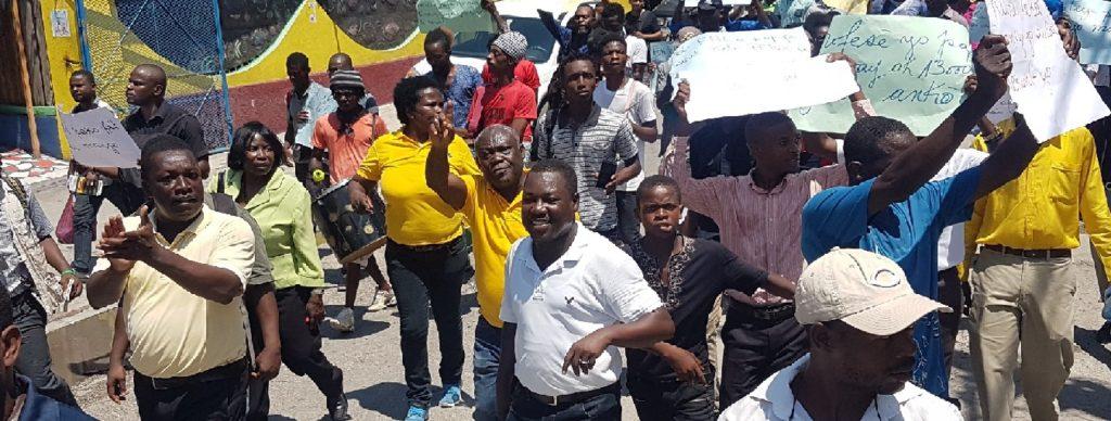 Haiti:  Des professeurs d'écoles publiques et privées dénoncent leurs mauvaises conditions de travail