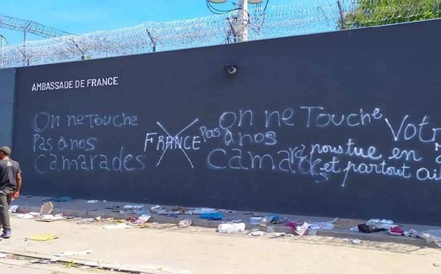 Haiti: L'ambassade de France dénonce et condamne les actes de vandalisme contre ses locaux