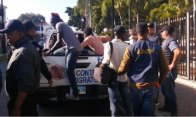 Monde: Augmentation du trafic de sans-papiers haïtiens à la frontière dominicaine