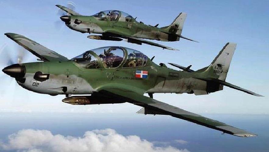 Monde: Les dominicains envoient plusieurs avions d'attaque au sol, Super Tucano, pour surveiller la frontière
