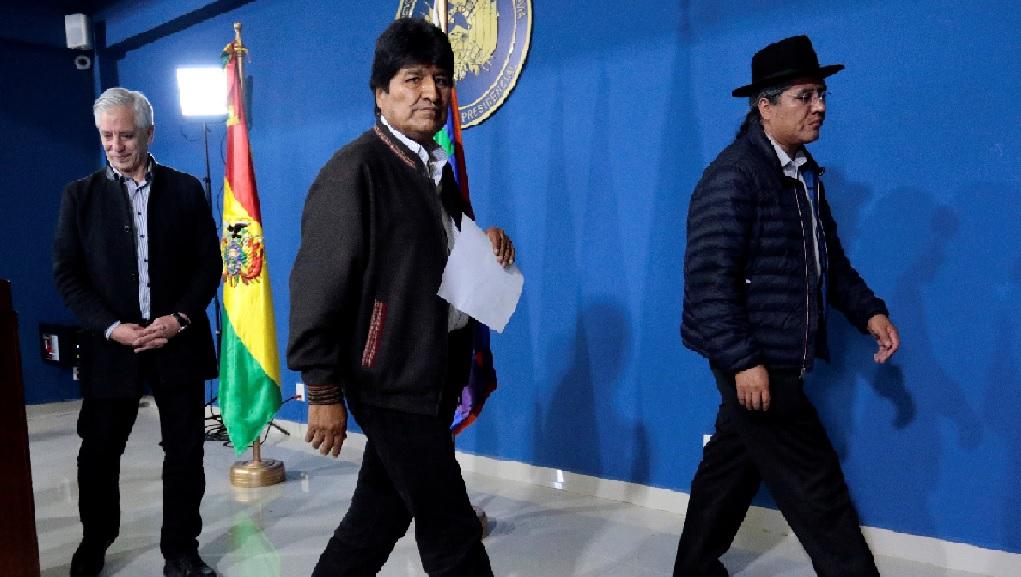 Monde: Le président bolivien Evo Morales démissionne après trois semaines de protestations contre sa réélection