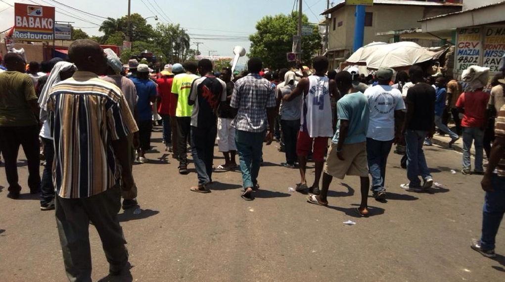 Haiti: Panne de recette et scènes de pillage dans la manifestation de l'opposition plurielle