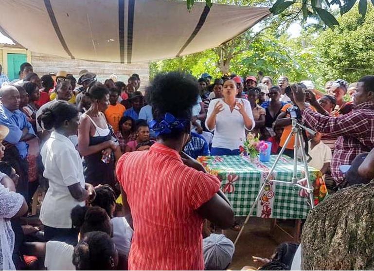 Haiti: La Fondation Mendez-Elie compte sur vous pour aider les enfants à célébrer Noel