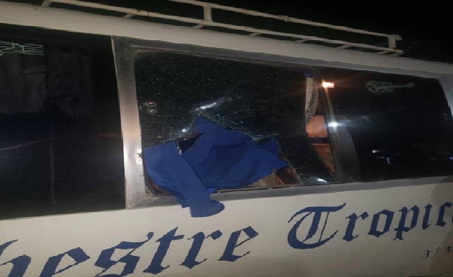 Haiti: L'autobus de l'Orchestre Tropicana attaqué à coups de pierres par des individus non identifiés