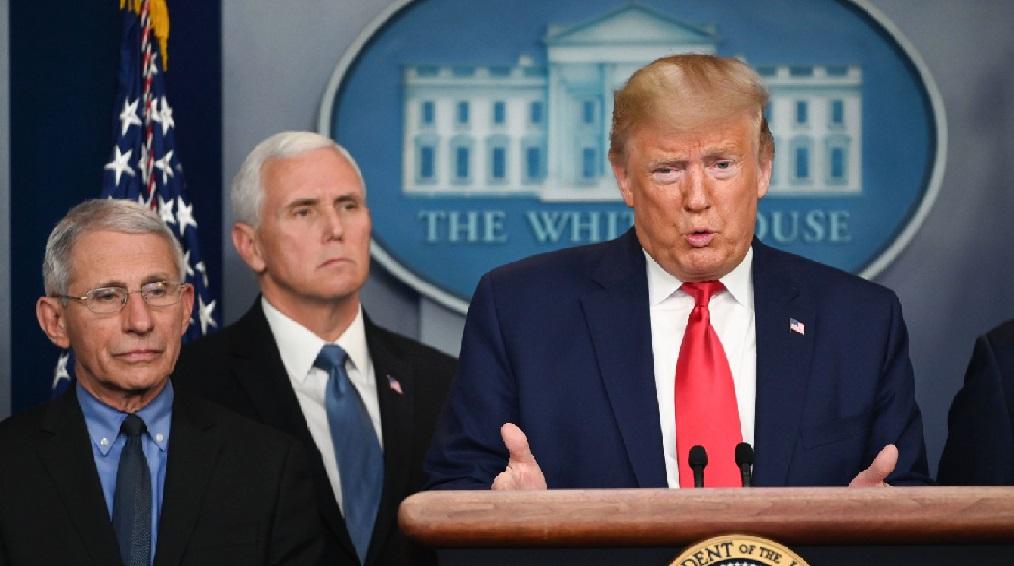 Monde:  Donald Trump estime que la pandémie pourra faire jusqu'à 200000morts aux États Unis