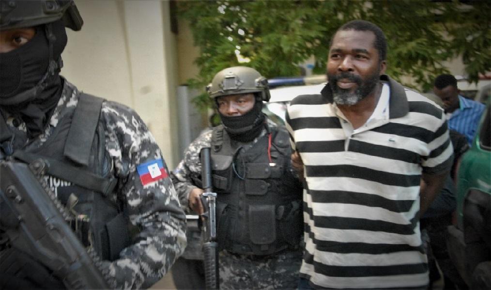 Haïti: L'ex député Arnel Bélizaire conduit au Cabinet d'instruction