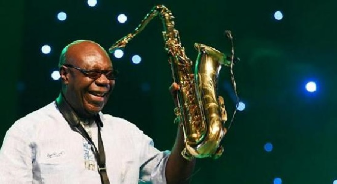 Monde: La légende du saxophone, Manu Dibango,  succombe au coronavirus