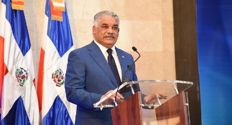 Monde: Le chancelier dominicain Miguel Vargas Maldonado testé positif au coronavirus