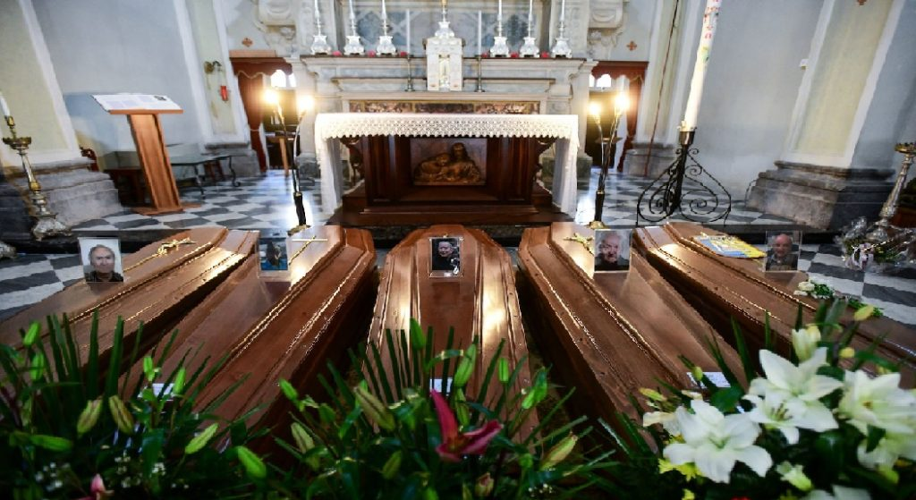 Monde: 67 prêtres tués par la Covid-19 en Italie