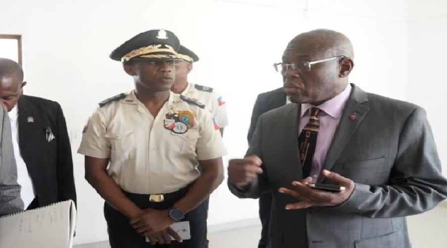 Haïti: Joseph Jouthe présente des excuses à la Cour des comptes au nom du gouvernement
