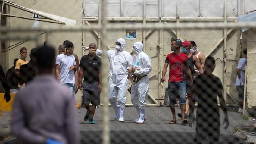 Monde: Le couvre-feu visant à limiter la propagation du Coronavirus en RD fait plus de 40 000 prisonniers