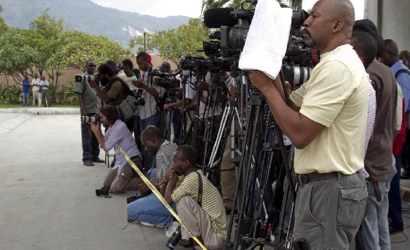 Haïti: Le Bureau de la Communication condamne les attaques et menaces à l'encontre des journalistes