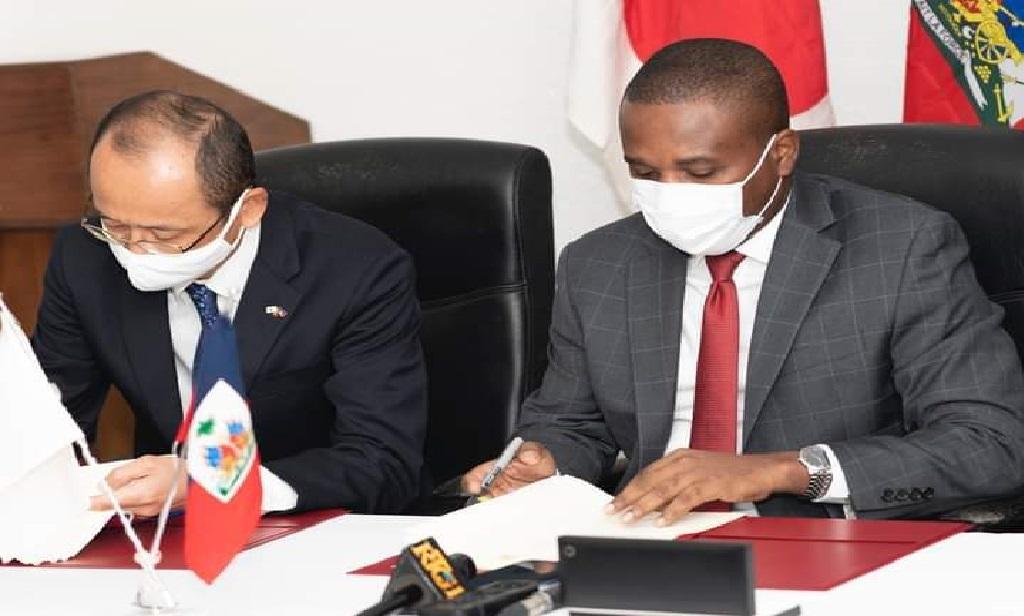 Haïti: Signature d'un accord  de don pour le projet d'assistance alimentaire entre Haïti et le Japon