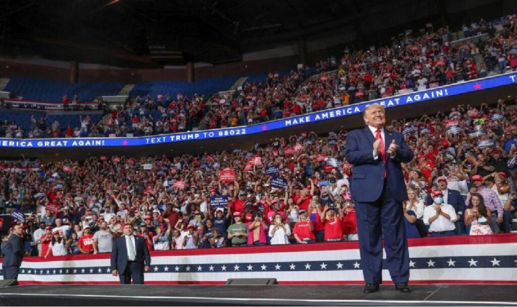 Monde: Le Président Donald Trump prédit une «vague rouge» aux élections américaines de 2020