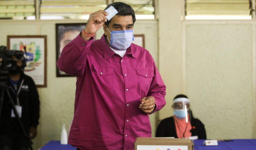 Monde: Le parti du président Maduro remporte les législatives marquées par une forte abstention