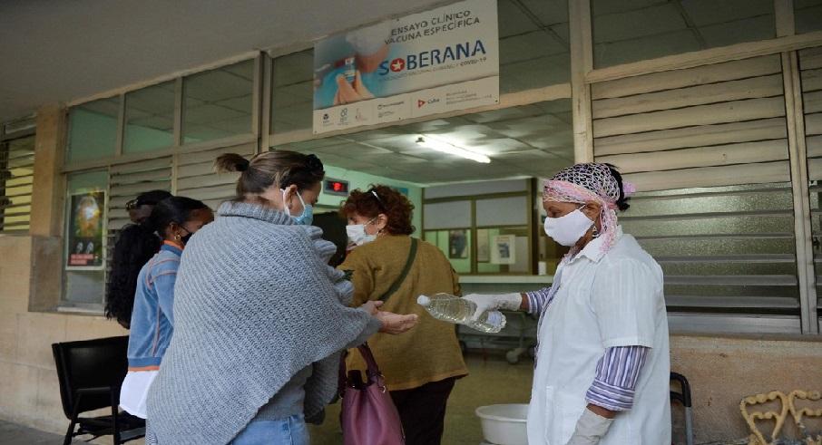 Monde: Cuba espère immuniser toute sa population contre le coronavirus dès cette année