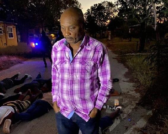 Haïti: Des magistrats dénoncent le caractère illégal de l'arrestation du juge Yvikel Dieujuste Dabrézil