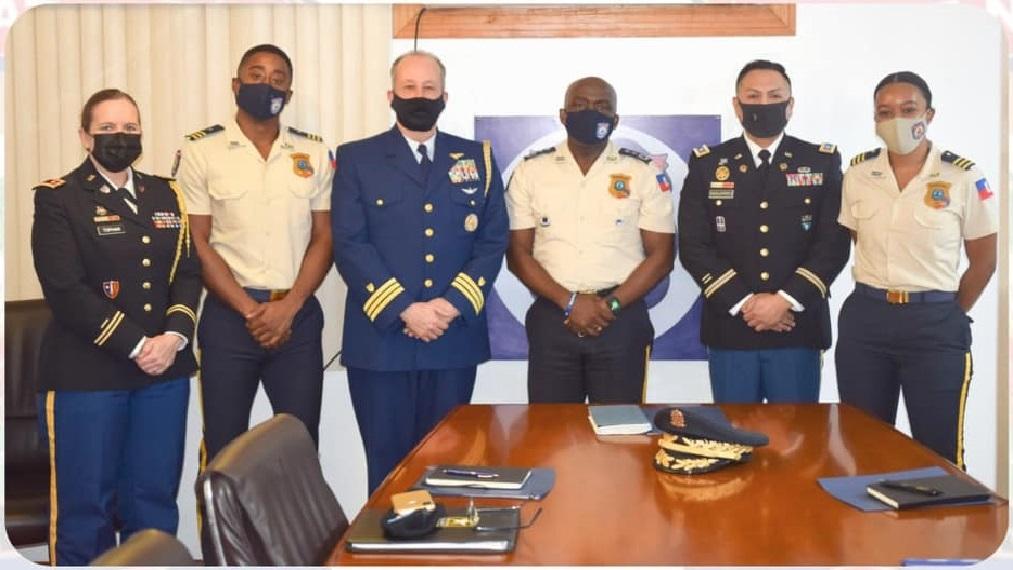 Haïti: Rencontre de travail entre le DG de la PNH et l'attaché de Défense des États Unis