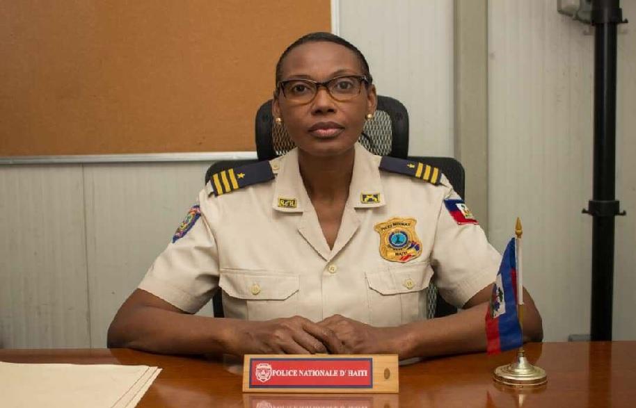Haïti: L'inspectrice Générale de police  Marie Michelle Verrier remplace Garry Desrosiers comme porte-parole