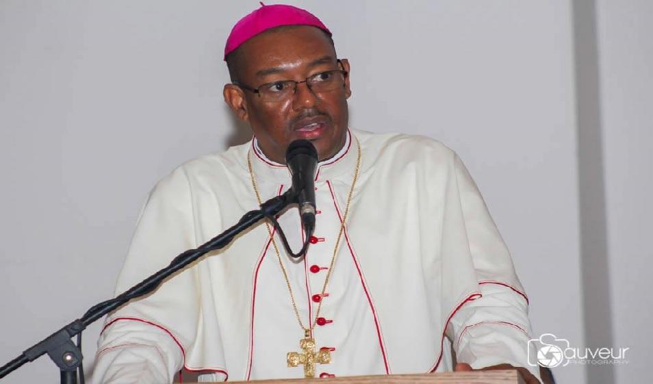 Haïti: L'archevêque Max Leroy Mésidor envoie un message spécial aux autorités et aux kidnappeurs