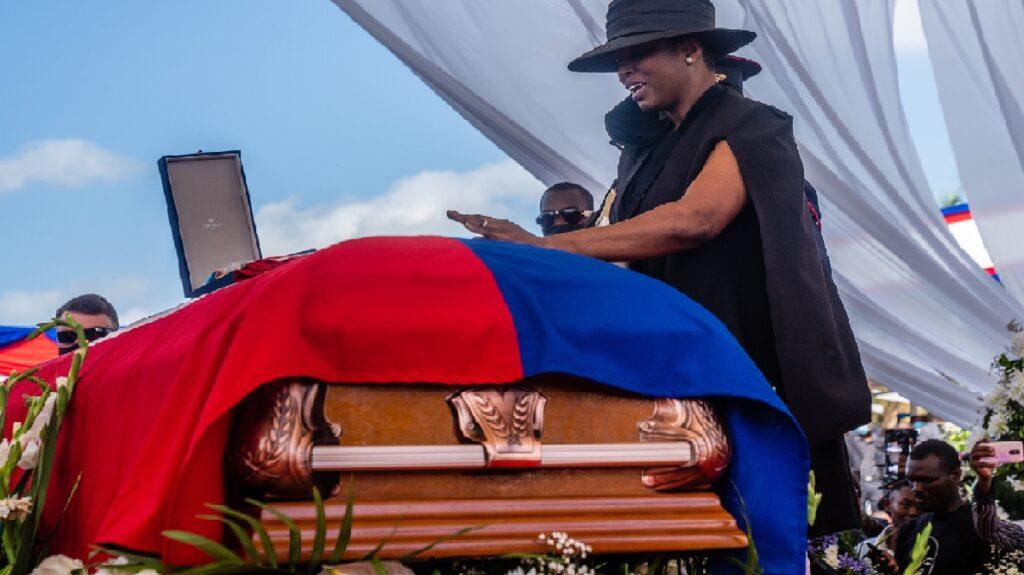 Haïti: Six millions de gourdes pour retrouver des suspects de l'assassinat de Jovenel Moïse