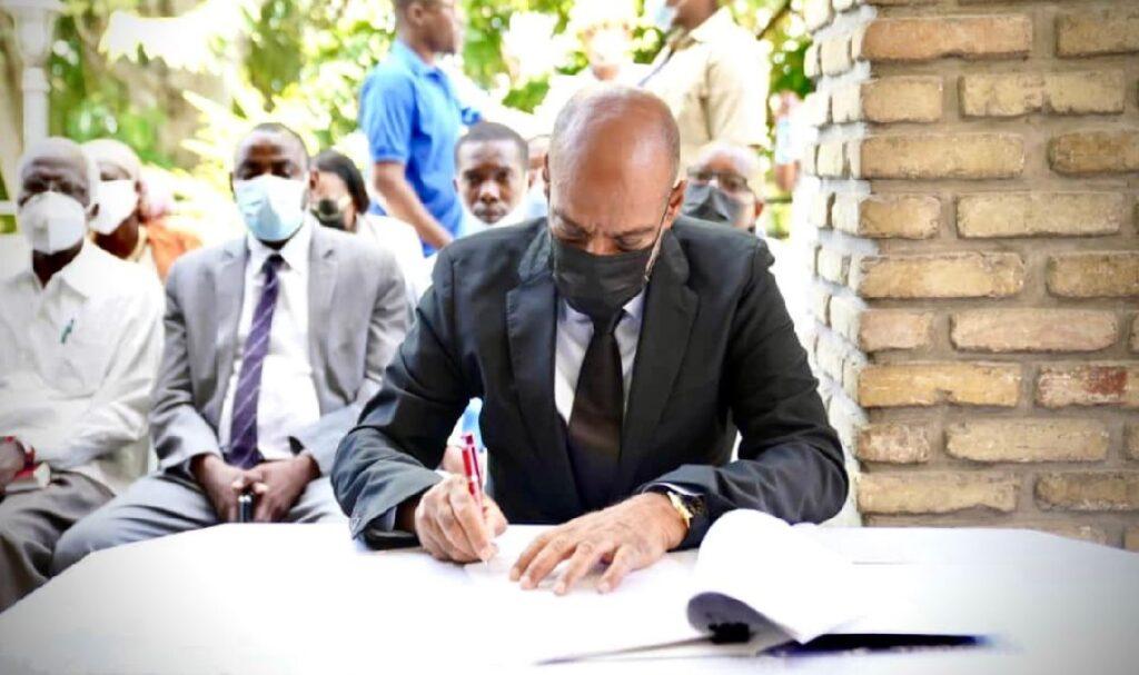 Haiti: Le parti politique de Reginald Boulos signe l'accord proposé par Ariel Henry