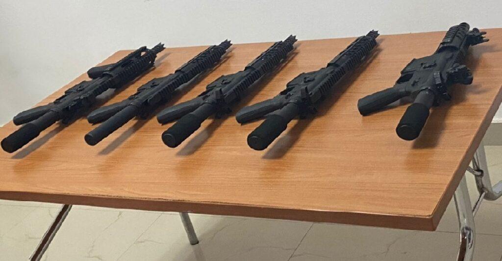 Haïti: Arrestation d'un agent de la  (BSAP), d'un agent de l'(USGPL) et 5 fusils d'assaut saisis par la PNH