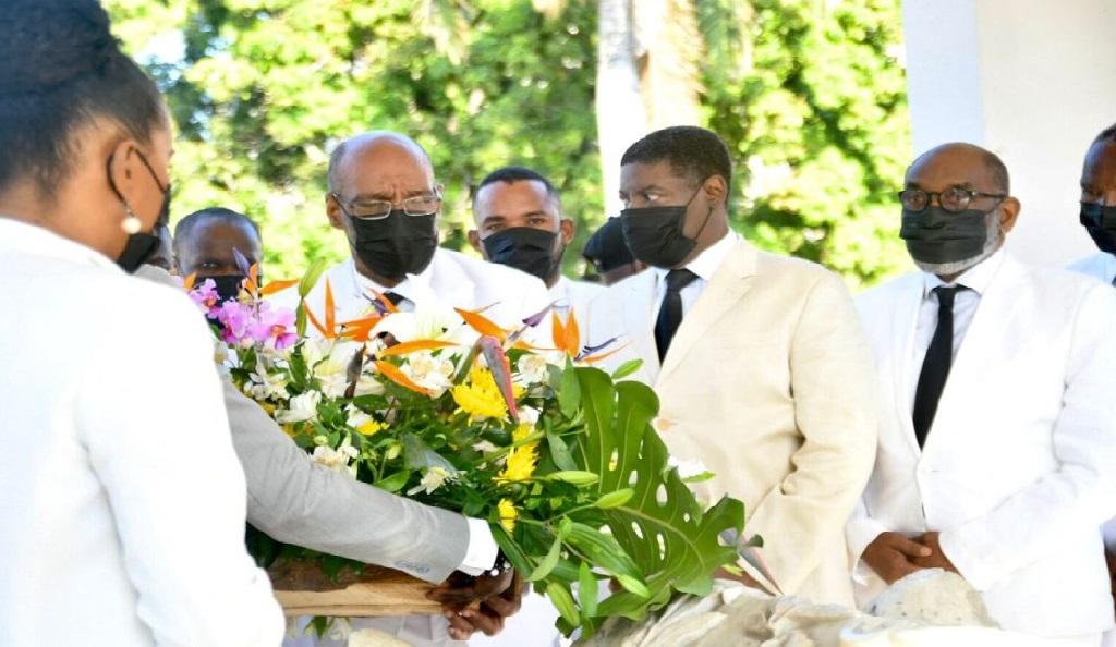Haïti: Des individus armés ont empêché Ariel Henry de faire la traditionnelle offrande florale au Pont-Rouge