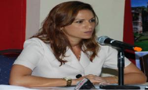 Haiti: Stéphanie Villedrouin agressée par des militants de l'opposition  au Champ de Mars