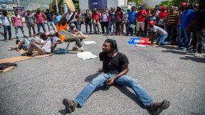 Haiti: 196 chèques disparus suite à l'occupation par des étudiants des locaux du Rectorat de l'UEH