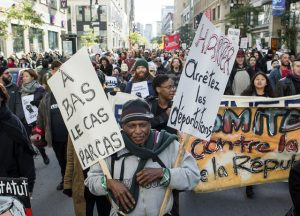 Monde: Vives tensions pour deux manifestations anti et pro immigration à Québec