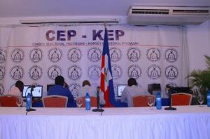 Haiti: Jovenel Moise veut que le CEP puisse proclamer les résultats partiels en deux heures