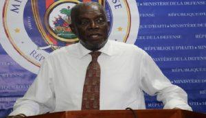 Haiti: Hervé Denis «Les membres du Haut état-major des FAD'H sont blancs comme neige»